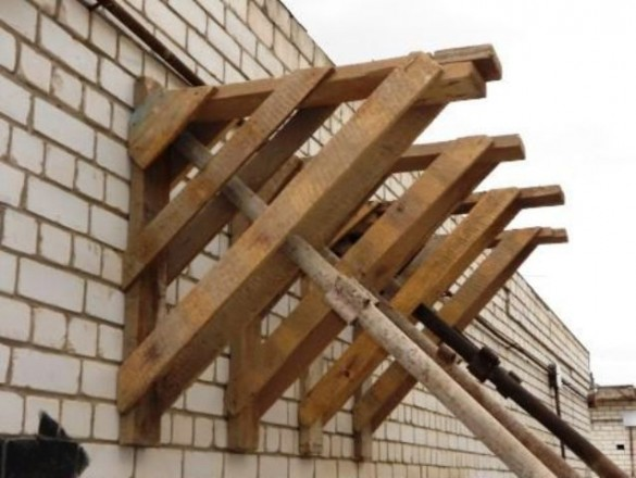 Армянские леса строительные