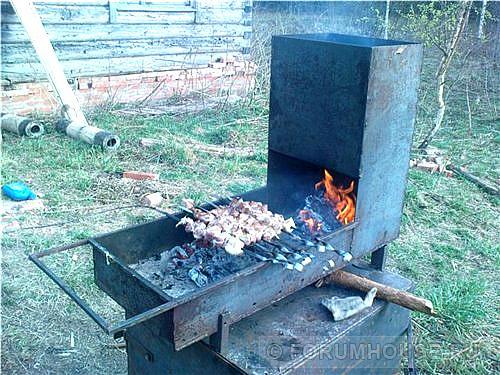 Мангал и коптильня горячего копчения своими руками 650