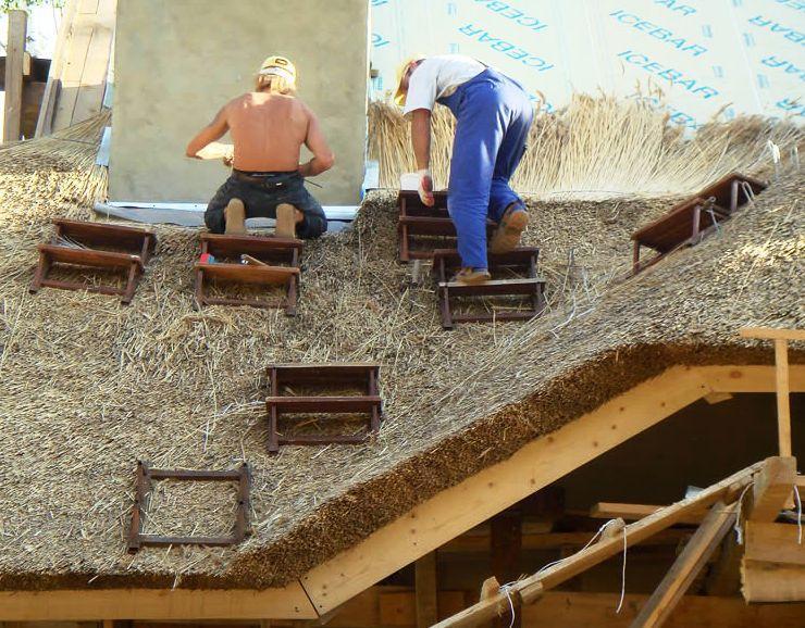 Крыши из соломы своими руками