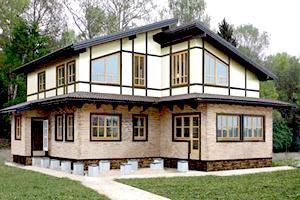 Дом из клееных деревянных панелей