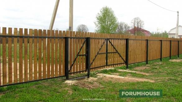 Деревянный забор Шахматка - доступно, красиво и прочно - Дом и стройка - Статьи