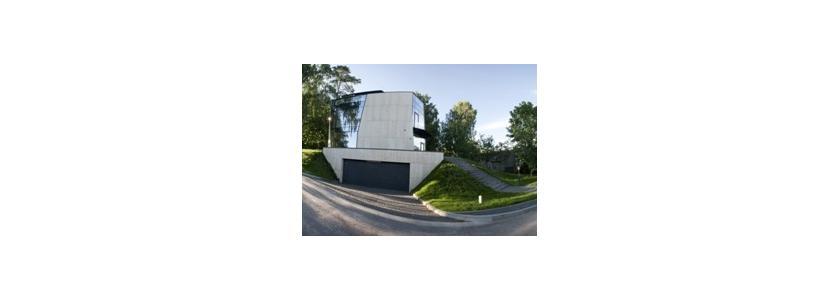 Многогранник на холме – дом в Бирштонасе
