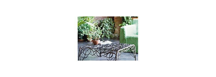 Утонуть в цветах: ажурная садовая мебель