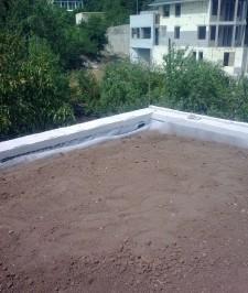Трава на крыше дома технология