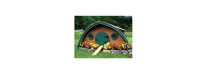 «Нора хоббита»: домики для отдыха, детей и курочек