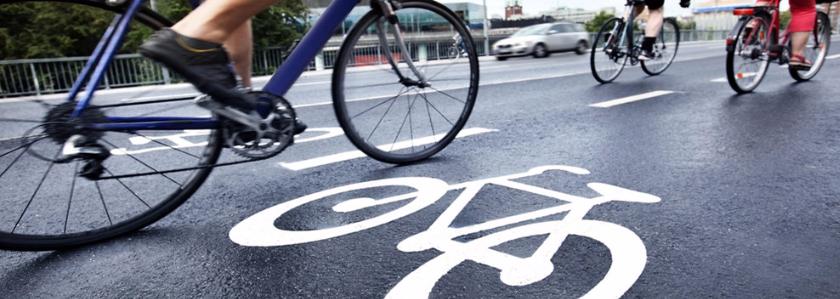 Инновационная велосипедная дорожка: туалетную бумагу – в дело