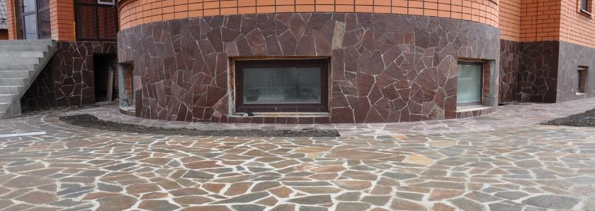 Как отделать цоколь и отмостку с учетом конструктивных особенностей дома