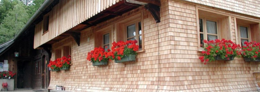 Деревянная классика – дранка на фасаде