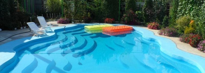 Как выбрать форму бассейна