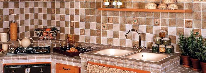 Варианты отделки стен на кухне – обзор популярных и оригинальных материалов