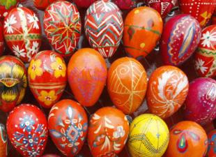 Скорость и креативность – подборка быстрых способов покрасить пасхальные яйца