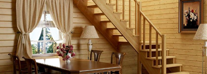 Дачная лестница с узкими проемом