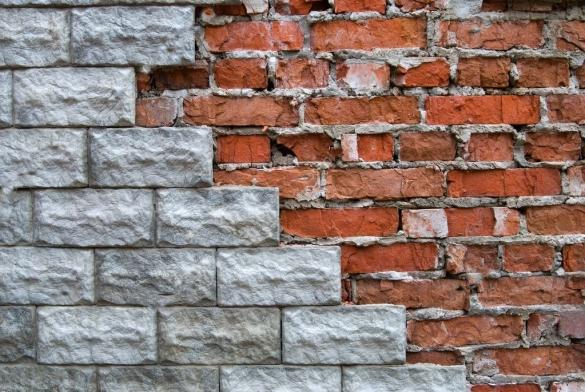 Фото облицовка кирпичной стены плиткой