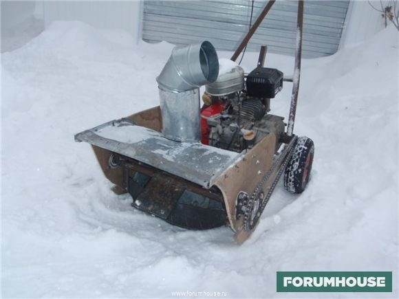 Снегоуборщик для мотоблока: принцип работы, конструкции уборщиков снега, изготовление шнека своими руками