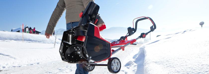 Снегоуборщик на лыжах: два варианта снегоуборочной техники своими руками в домашних условиях