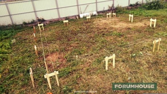 Фото разметка фундамента под свайное поле