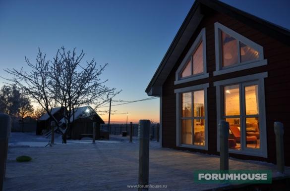 Фото красивый дом зимним вечером