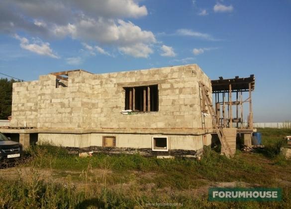 «За» и «Против» строительства цокольного этажа: отзывы реальных владельцев подвалов