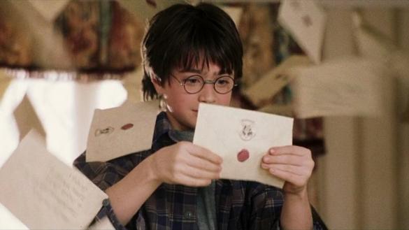 Фото Гарри Поттер получил письмо из Хогвардс
