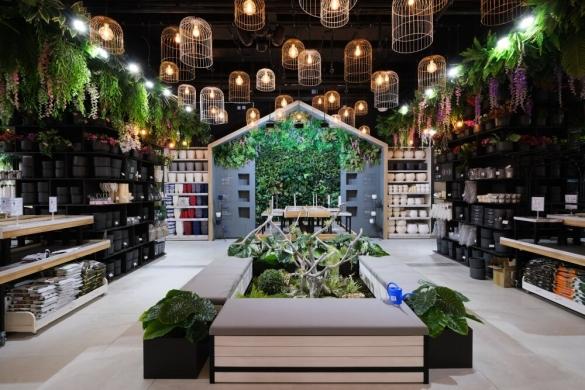цветочная оранжерея «Леруа Мерлен»