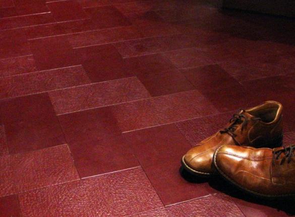 Фото кожаный пол