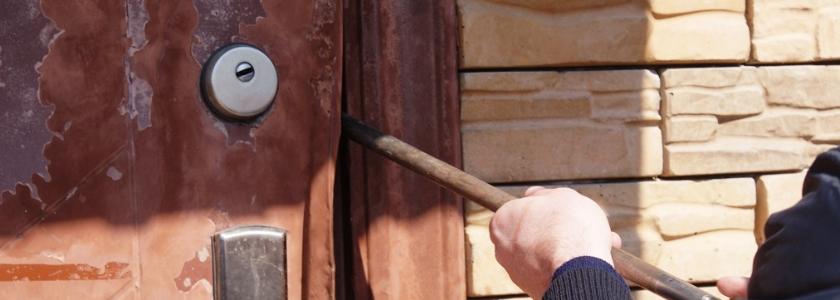 7 способов защитить дачу от воров: основано на реальных событиях