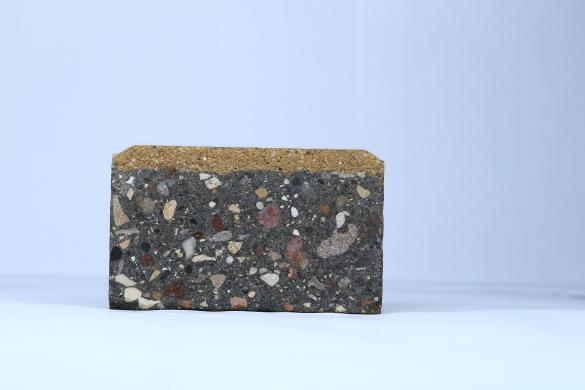 Фото вибропрессованная плитка в разрезе